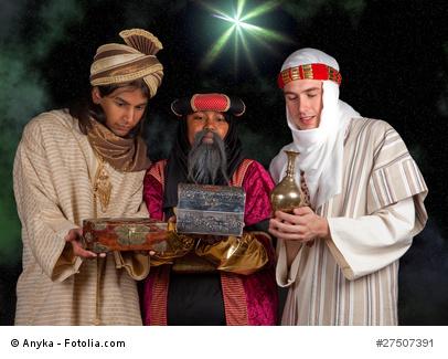 Dreikönigstag in Spanien: Die Reyes Magos bringen Geschenke oder carbón